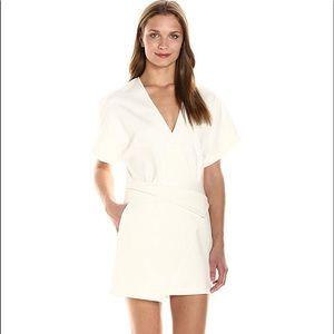 Halston Heritage deep V Wrap Dress size 6 NWT